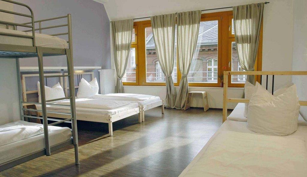 Baxpax Downtown Hostel/Hotel ➜ Mitte, Berlin, Deutschland ...