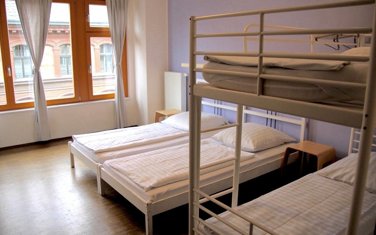 Einzel  U0026 Etagenbetten Für Bis Zu 4 Personen